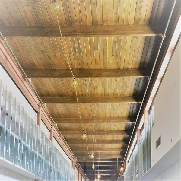 Specialty Wood/GluLam Beams